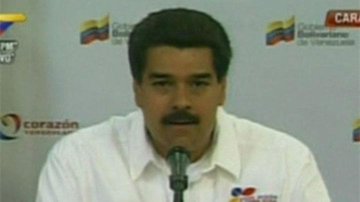 Estados Unidos expulsa a dos diplomáticos venezolanos