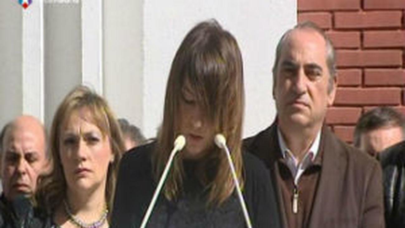 """Sandra Carrasco muestra su """"miedo"""" a que la sociedad olvide a las víctimas de ETA"""
