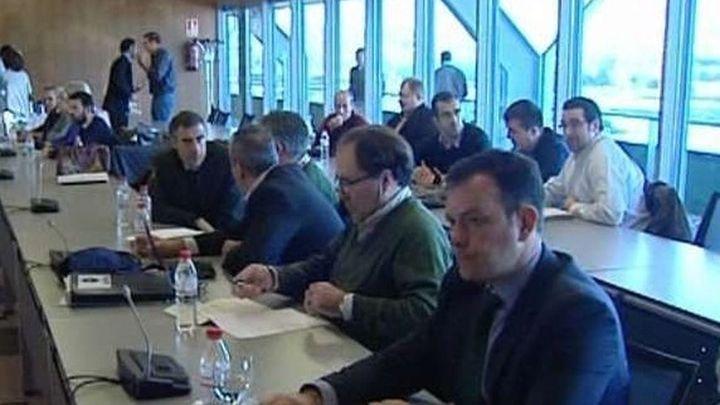 Los sindicatos de Iberia aplazan al miércoles un posible acuerdo