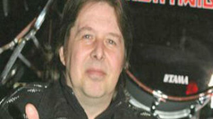Fallece a los 56 años Clive Burr, ex batería de la banda de heavy metal Iron Maiden