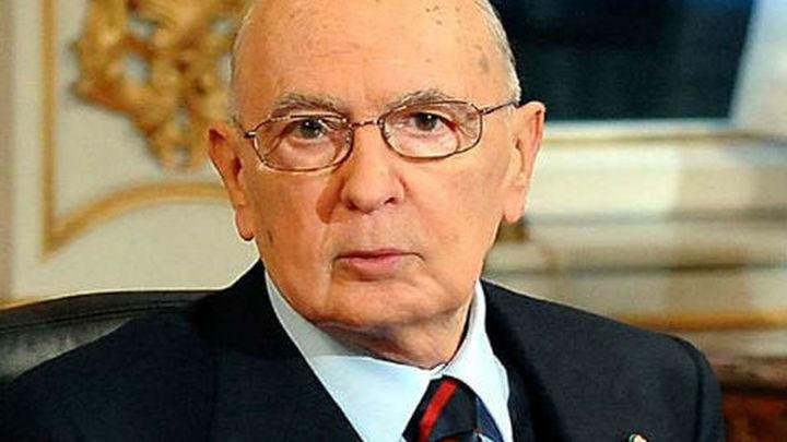 Napolitano dimite como presidente de Italia
