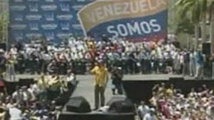 Capriles pide una explicación tras denuncias de manipulación electoral