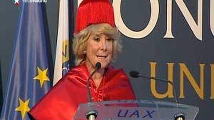 Esperanza Aguirre investida Doctora Honoris Causa por la Universidad Alfonso X el Sabio