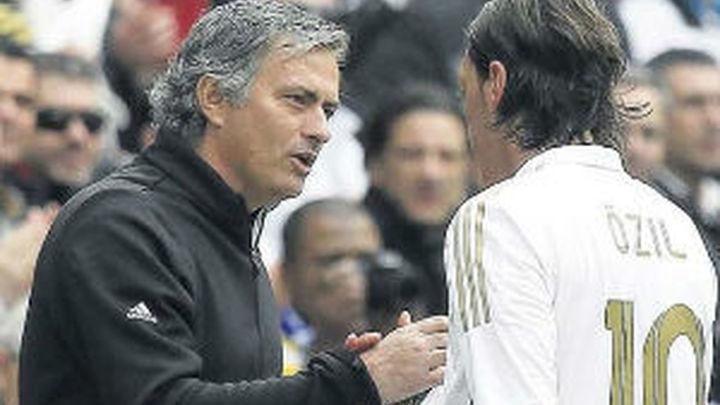 """Mourinho: """"Espero que el fútbol sea justo con mis jugadores"""""""