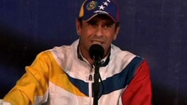 Capriles afirma que nadie puede cansarse ni tirar la toalla