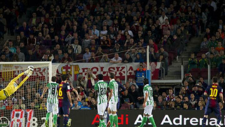 4-2. Messi rescata a un Barça casi campeón