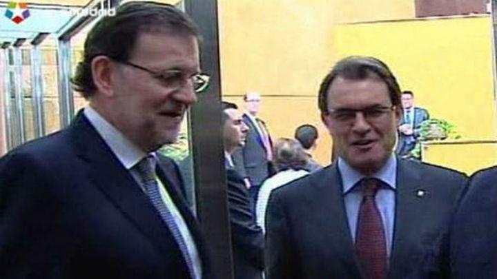"""Rajoy ante Mas: No se puede mejorar """"sin ser grandes y trabajar juntos"""""""