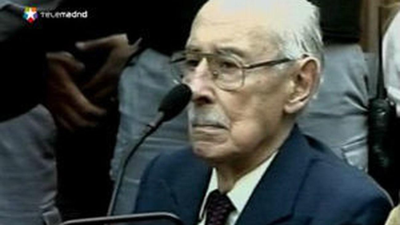 Trasladan los restos de Videla a la Morgue Judicial para practicarle la autopsia