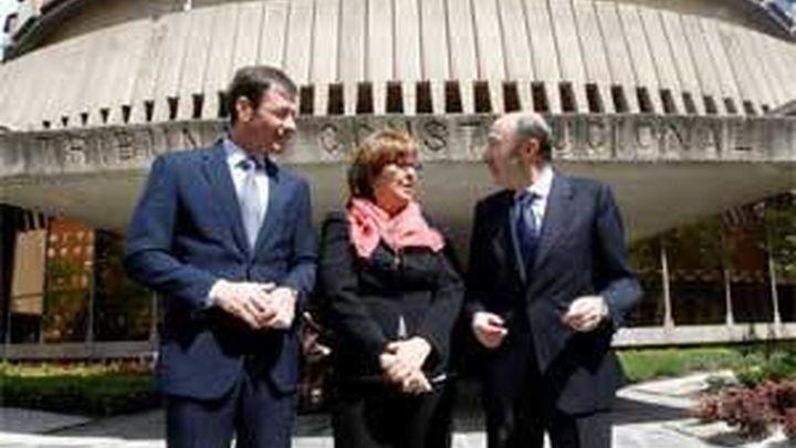 Rubalcaba y Gómez llevan al Constitucional la decisión de Echeverría de suspender a Menéndez
