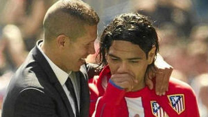 """Simeone: """"¿Falcao? No sé nada, pero le deseo lo mejor, se quede o no"""""""