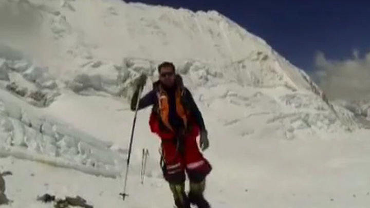 El aragonés Pauner asciende el monte Everest y consigue los 14 'ochomiles'
