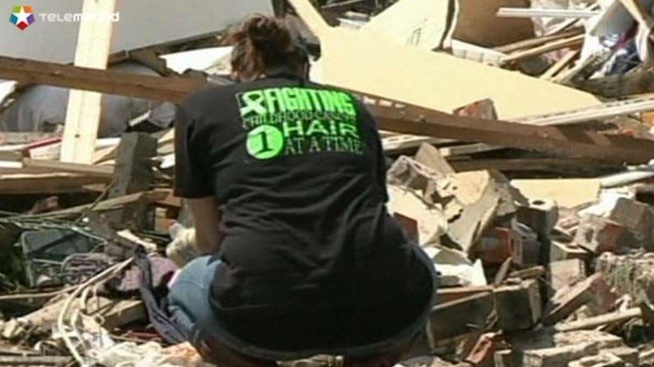 Oklahoma identifica a víctimas del tornado y se hallan varios desaparecidos