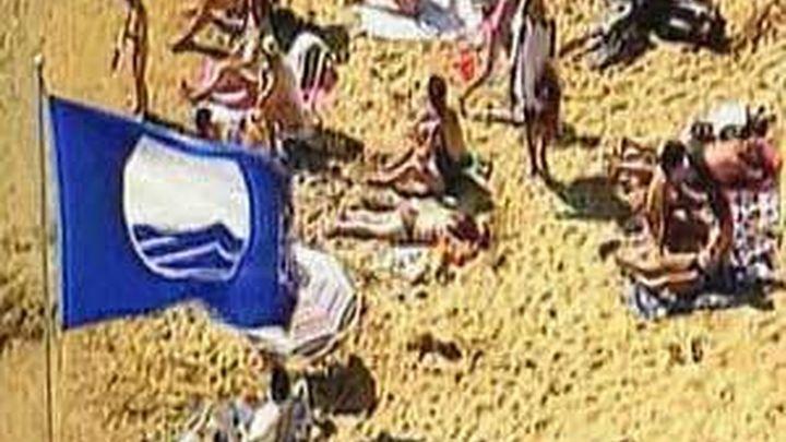 España obtiene 648 banderas azules para sus playas, 11 más que en 2012