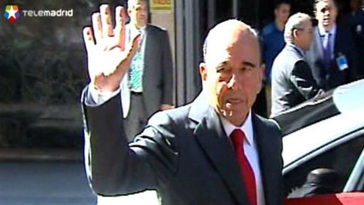 Botín, Fainé y González dicen que Guindos les convocó por el problema de Bankia
