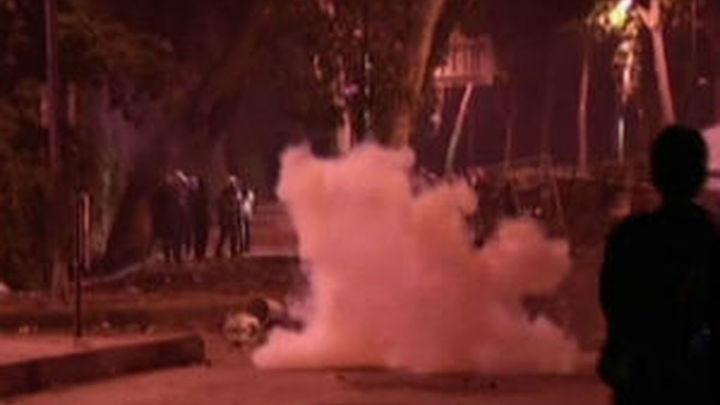 Muere un joven al levantar una barricada en las revueltas de Estambul