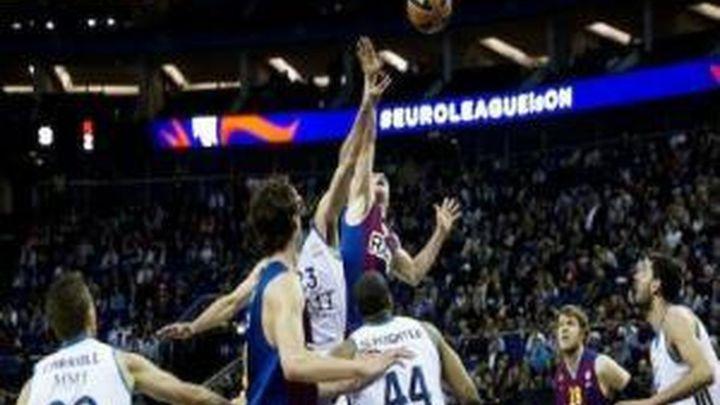 73-62. El Madrid cae en el Palau ante el Barça con polémica arbitral