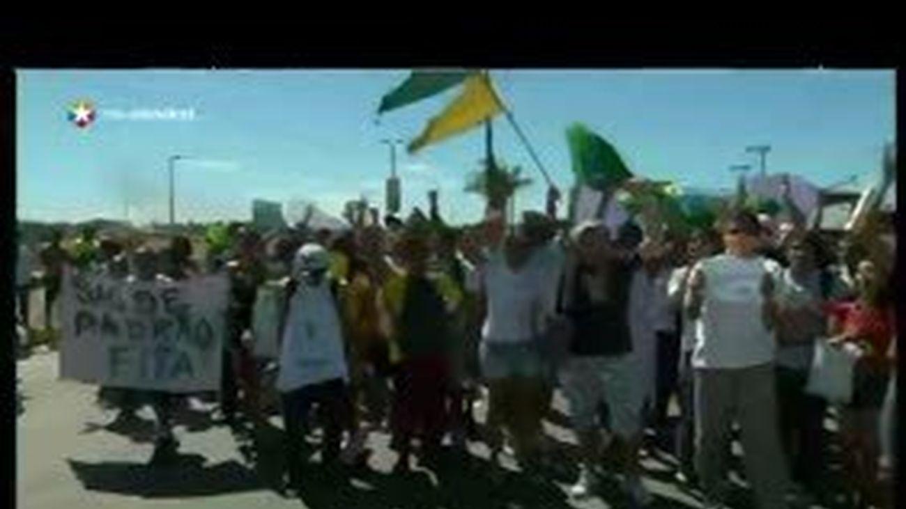 Sao Paulo y Río anuncian la reducción del precio del transporte tras las protestas