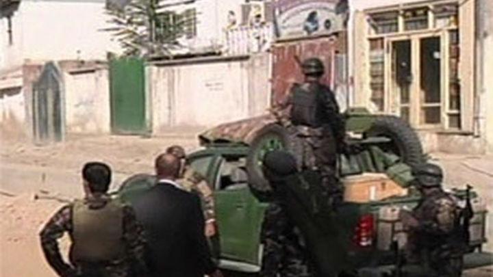 Los talibán atacan el palacio presidencial y el Ministerio de Defensa en Kabul