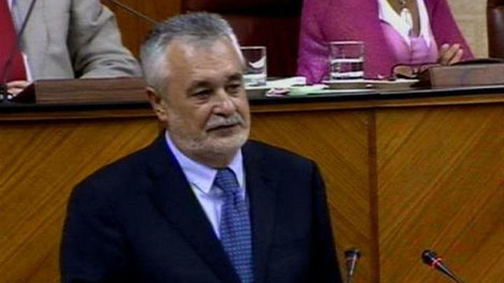 Griñán renuncia a repetir como candidato para dar paso a la renovación