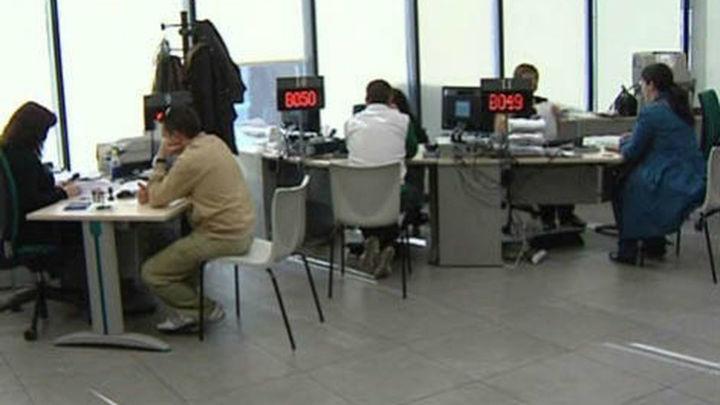 Funcas prevé que el paro baje en un millón de desempleados entre 2014 y 2015