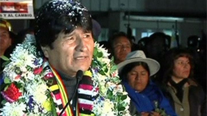 Evo Morales llegó a Bolivia