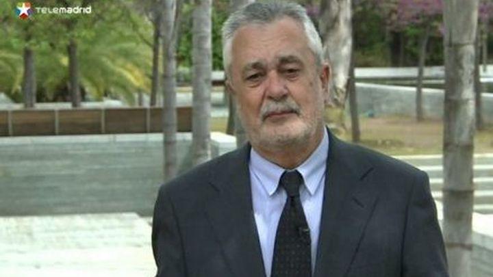 Una interventora de la Junta de Andalucía apunta Griñán en el caso de los ERE