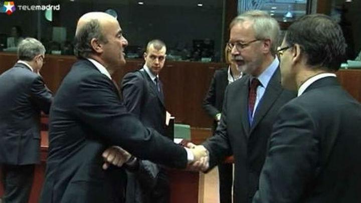 El Eurogrupo acuerda poner fin en enero al rescate bancario para España