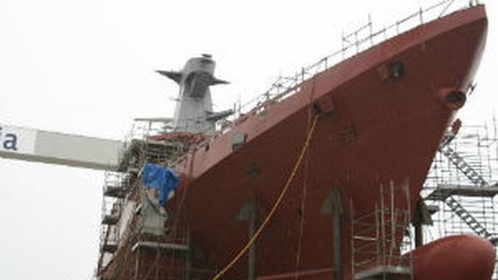 España seguirá defendiendo las ayudas al naval pese al desacuerdo con Almunia