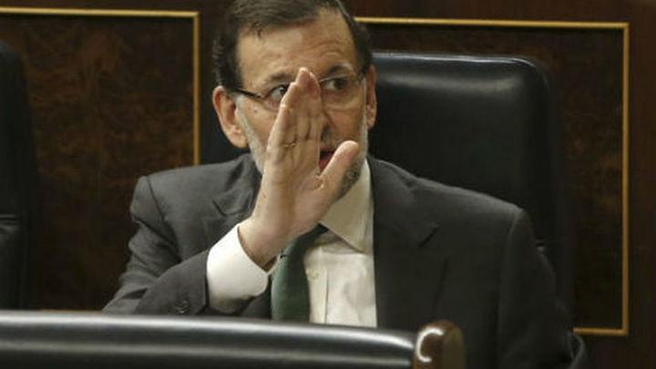 """El PP rechaza que comparezca Rajoy y acusa al PSOE de """"apadrinar"""" a Bárcenas"""