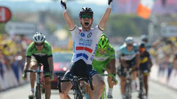 Tour: Cavendish gana y Froome tiembla ante Contador
