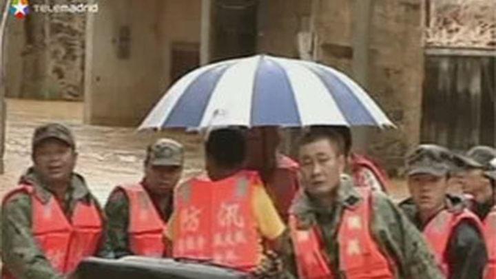 El tifón Soulik causa al menos 108 muertos y 183 desaparecidos en China
