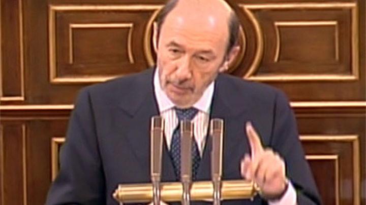 El PSOE presentará una moción de censura si Rajoy no comparece