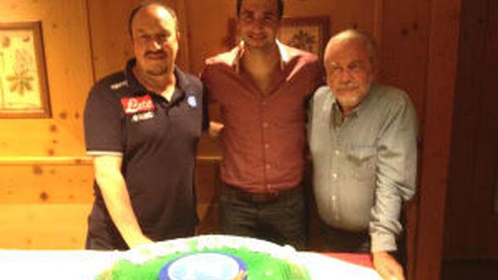 El Nápoles presenta a Higuaín, el fichaje para olvidar a Cavani