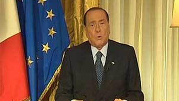 """Berlusconi habla de """"golpe de Estado"""" y suplica el perdón de Napolitano"""