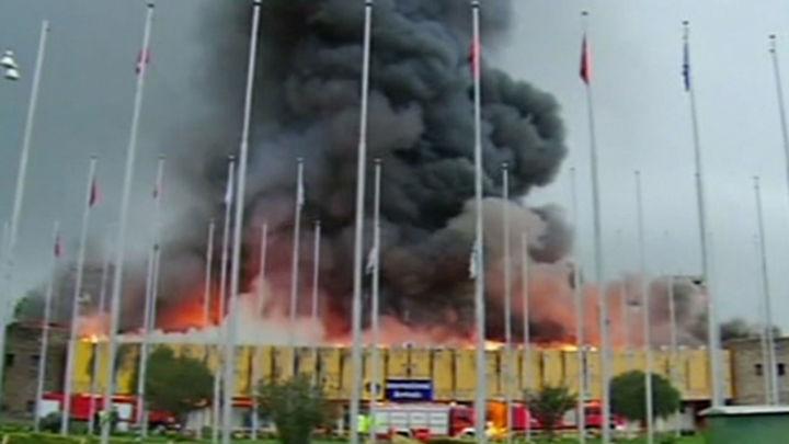 Controlado el grave incendio que provocó el cierre del aeropuerto de Nairobi