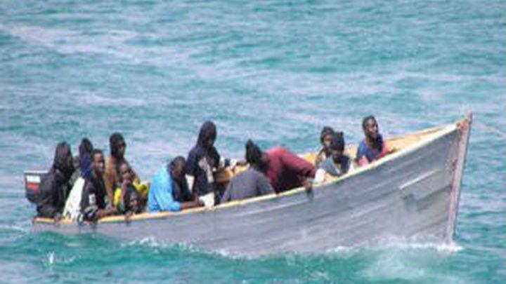 Rescatados 137 inmigrantes de seis pateras y buscan a 12 desaparecidos