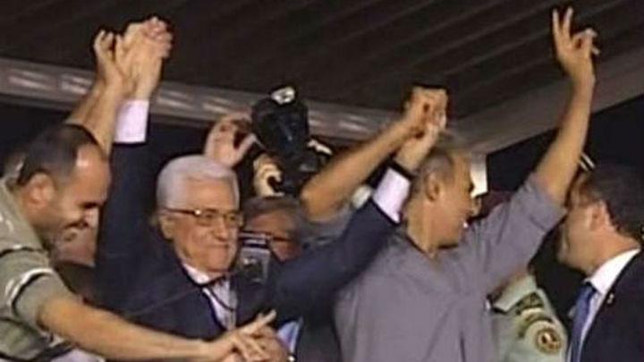 Palestina acoge de noche a 26 presos liberados por Israel a horas del diálogo