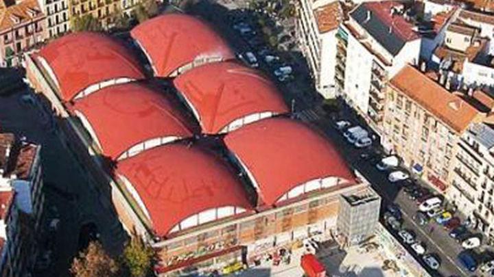 El Mercado de la Cebada recibe 5.000 libros solidarios cuyos fondos se destinarán a Cáritas Madrid