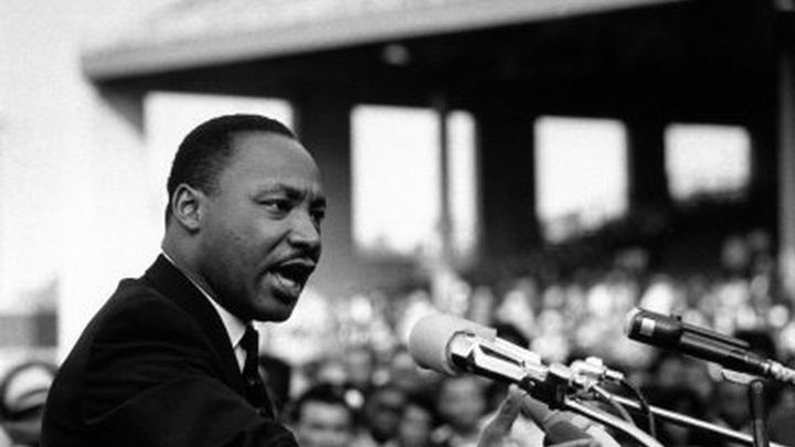 Decenas de miles de personas evocan el sueño de Luther King 50 años después