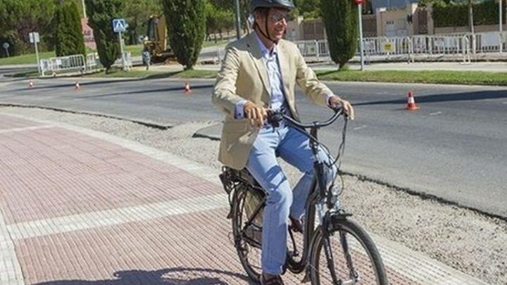 El alcalde de Boadilla se moverá en bicicleta eléctrica