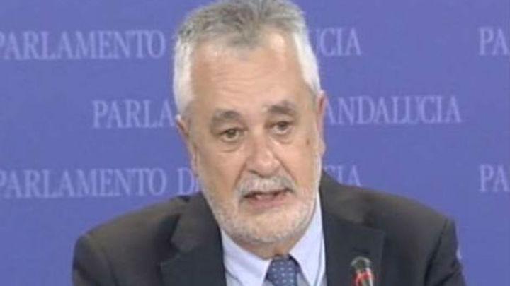Griñán firma su acta de senador ante notario para no hacerlo en público