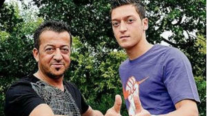 "Mustafa Ozil: ""Florentino Pérez no es un hombre de honor"""