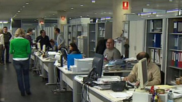 El salario de los funcionarios seguirá congelado en 2014, por cuarto año consecutivo