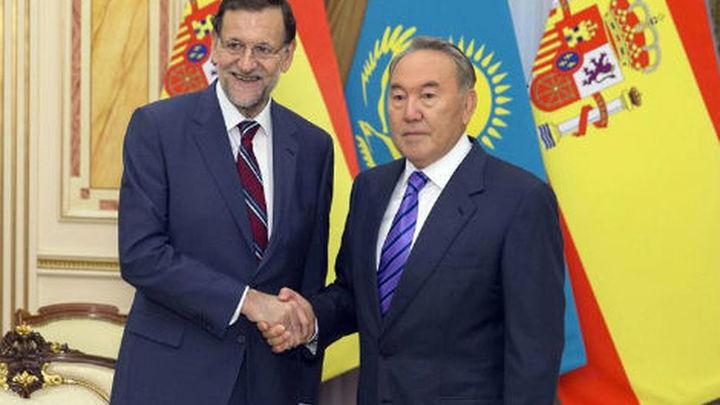 Rajoy se reúne con el presidente de Kazajstán y proseguirá en Japón su gira asiática