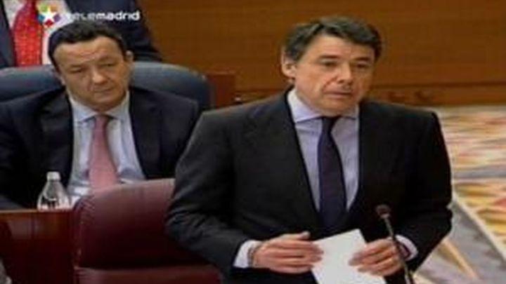 """Gómez pide """"aparcar"""" la externalización y González que respete el fallo judicial"""