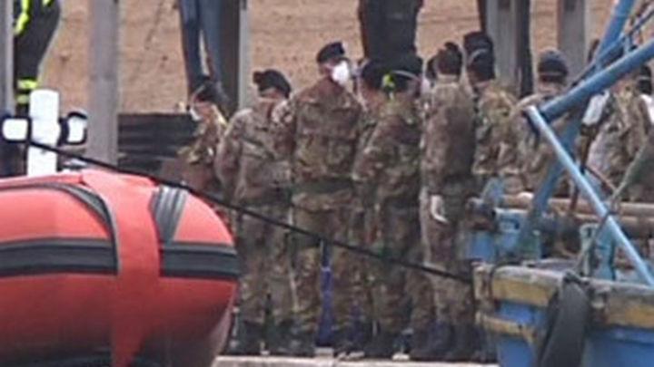 """Misión militar italiana para que el """"Mediterráneo deje de ser el mar de la muerte"""""""
