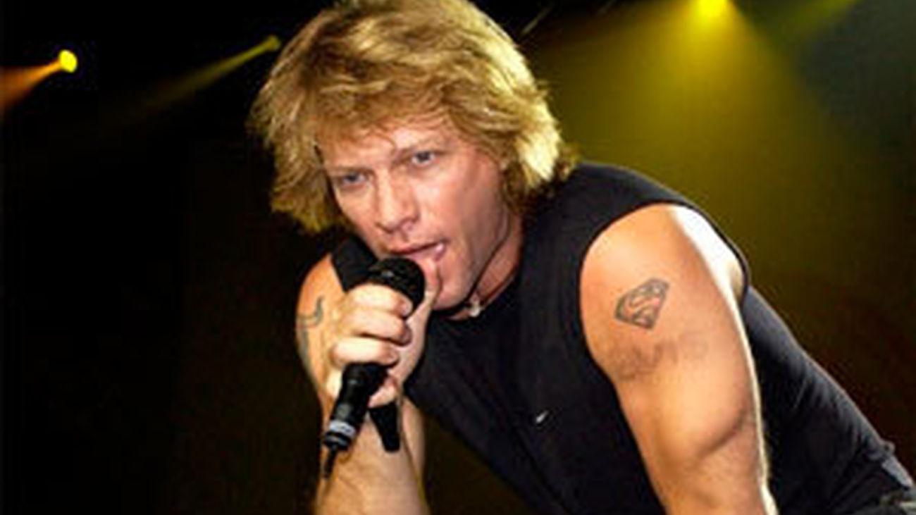El príncipe Enrique y Jon Bon Jovi cantan en Abbey Road con fines caritativos