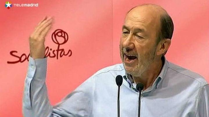 Discrepancias en el PSOE y criticas desde fuera, tras la vuelta hacia la izquierda