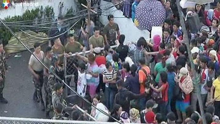 Filipinas confirma al menos 4.460 muertos y 12 millones de afectados