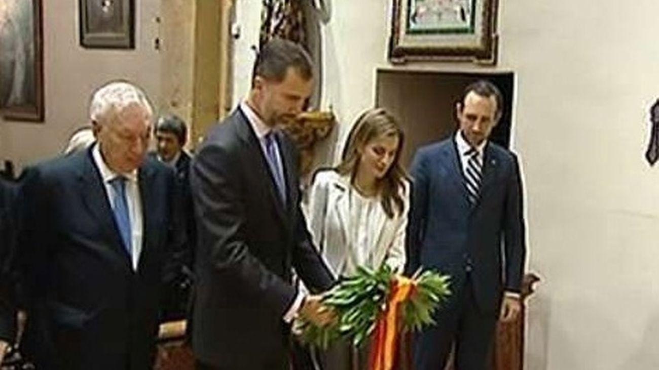 Los Príncipes Felipe y Letizia rinden homenaje al evangelizador de California